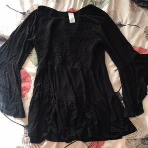 Time and Tru Black Flared Sleeve Tunic size XL